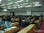 阿久戸学長の講演